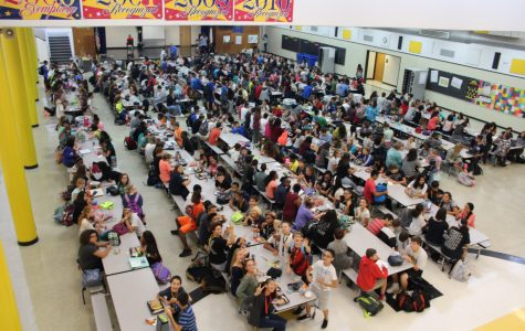 There are two lunch periods at Dobie this year. Both are crowded.