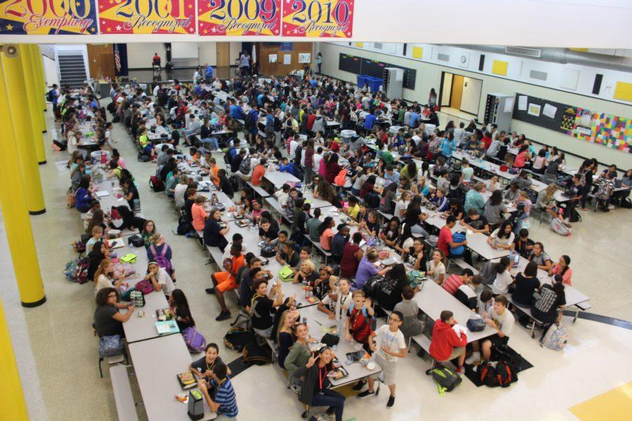 There+are+two+lunch+periods+at+Dobie+this+year.+Both+are+crowded.