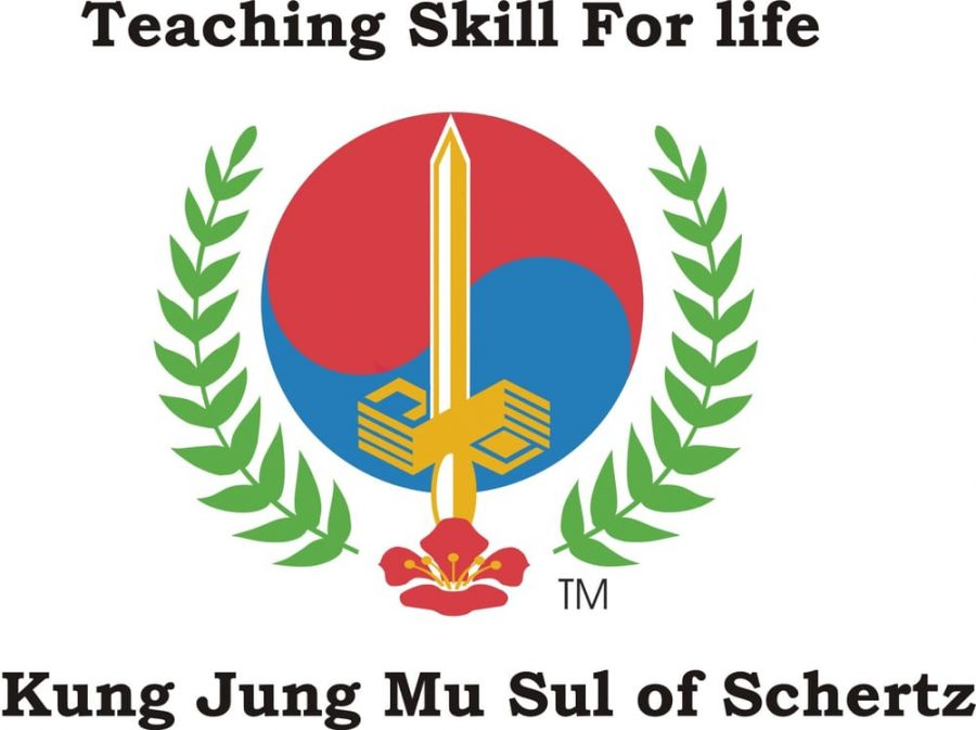 Dobie+students+learn+martial+arts+at+Kung+Jung+Mu+Sul
